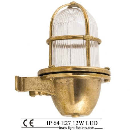 Wall sconce fixture